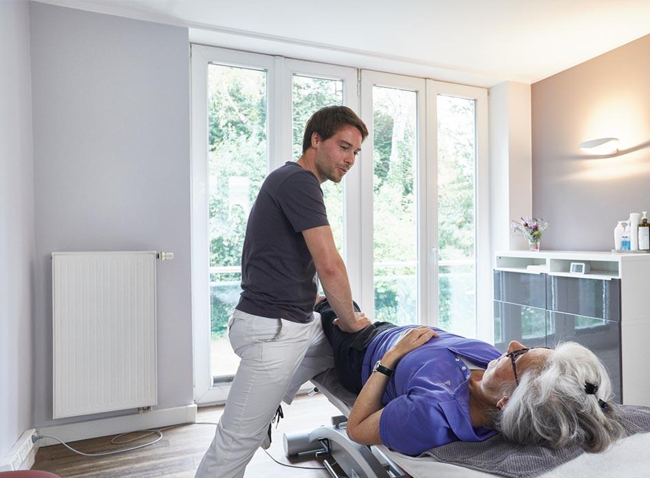 Therapieformen Physiotherapie - Bobath, Manuelle Therapie / Maitland / Mc Kenzie – Fasziendistorsionsmodell (FDM) – Kiefergelenkbehandlung