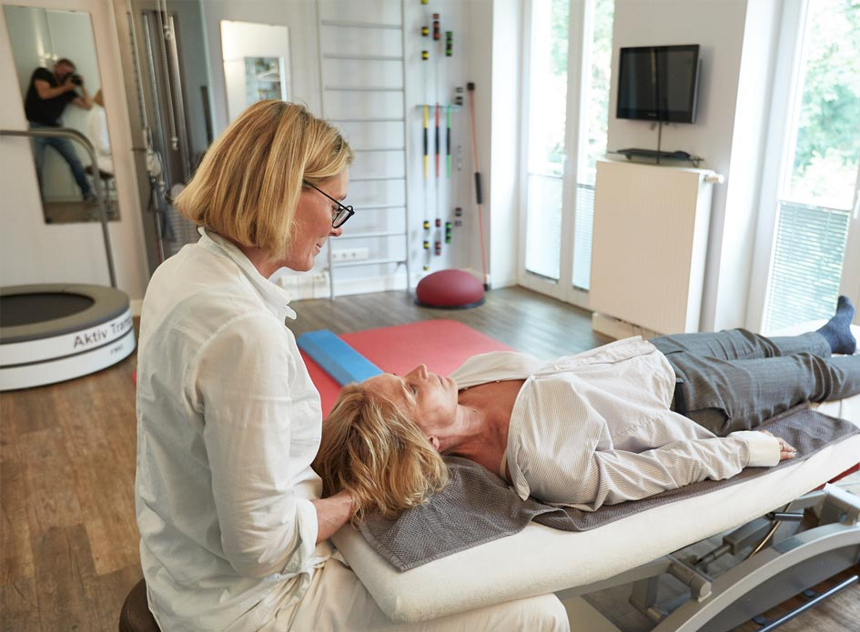 Therapieformen Physiotherapie - Propriozeptive Neuromuskuläre Fazilitation – Lymphdrainage – Gerätegestütze Therapie – Brügger – Neutrale Mobilisation